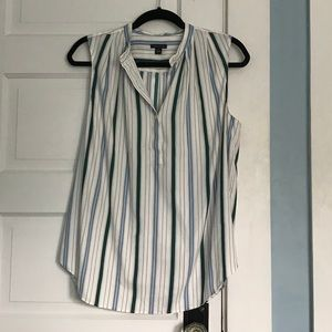 EUC Ann Taylor Sleeveless Striped Blouse Size M